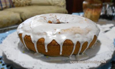 Torta Glaseada de Vainilla
