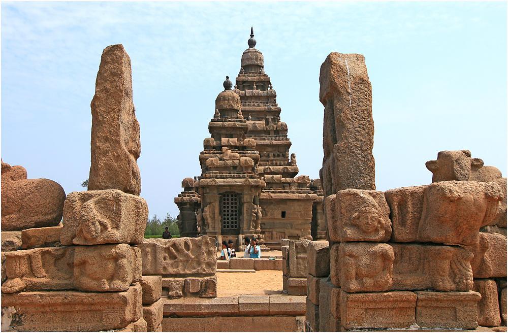 explore the world with ajay: Mahabalipuram-Stones can be mesmerising too !