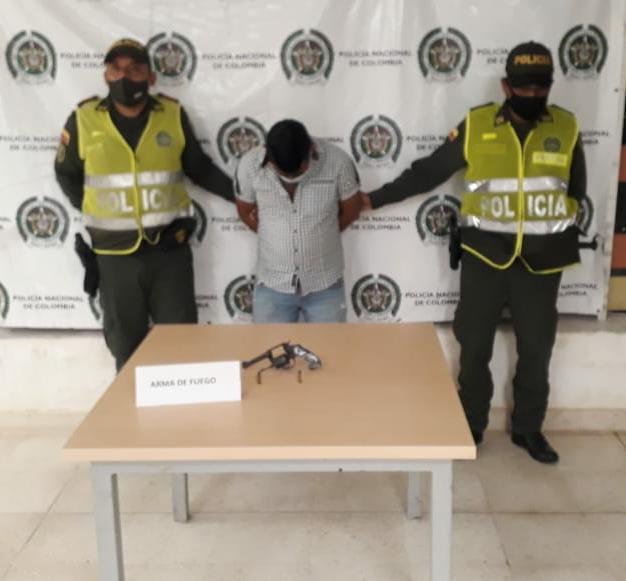 hoyennoticia.com, En Manaure Policía le quitó a un indígena un revolver ilegal
