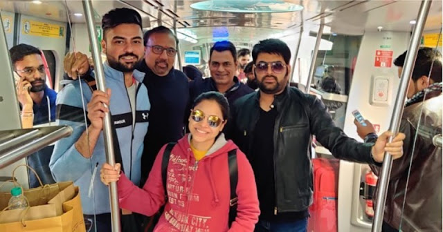 Kapil Sharma travels in New Delhi Metro