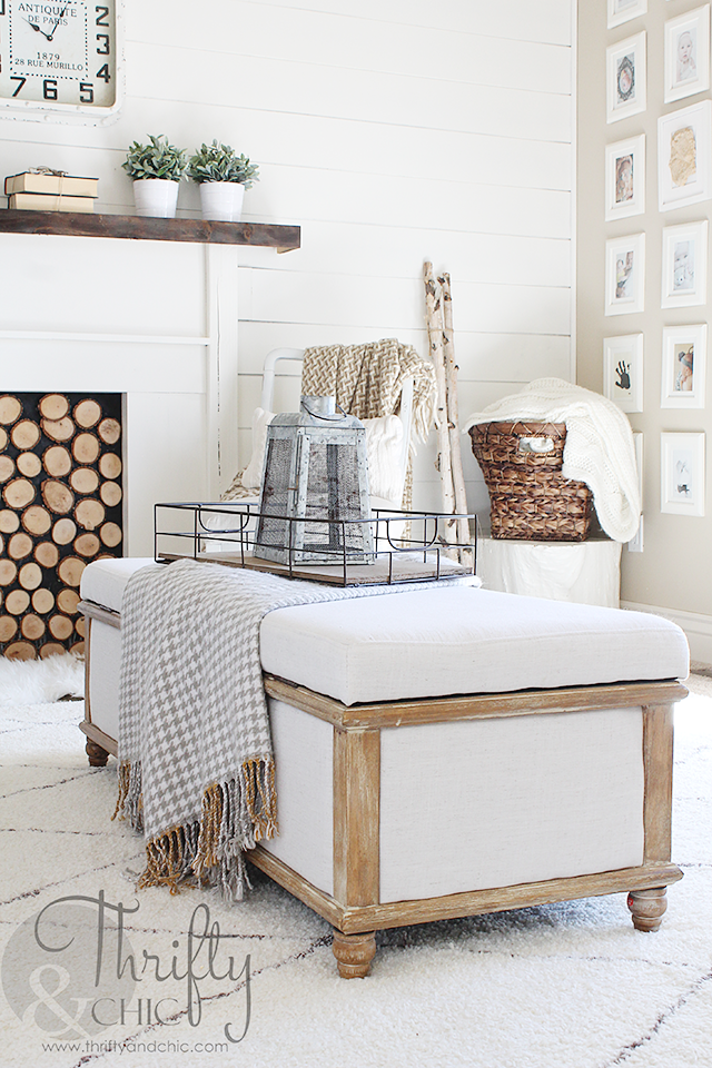 White farmhouse decorating ideas for the living room with DIY shiplap
