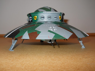 revell 1/72 flying saucer
