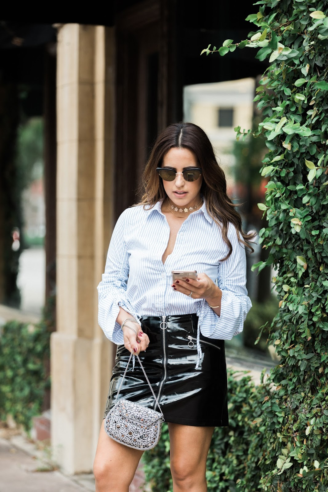 fall-outfits-patent-leather-skirt-miami-blogger-kelly-saks
