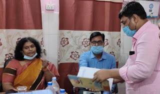 #JaunpurLive : सीएमओ ने पीएचसी का किया निरीक्षण