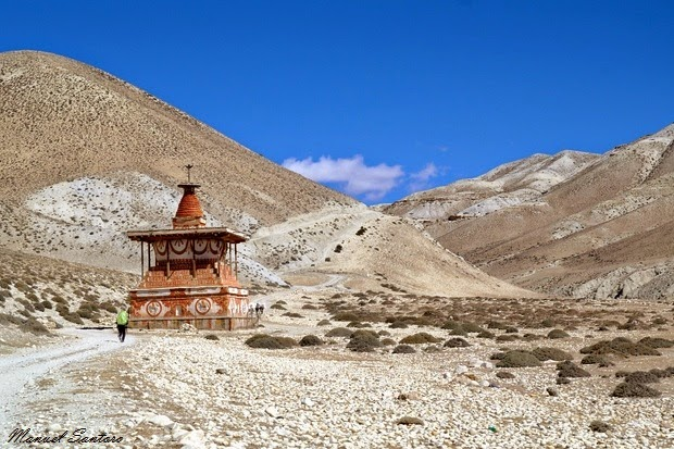 In cammino verso Lo Manthang, chorten