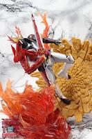 S.H. Figuarts Kamen Rider Saber Brave Dragon 30