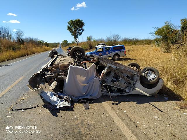 Oeste da Bahia: Um pessoa morre e outras 4 ficam feridas em um grave acidente na BR-242