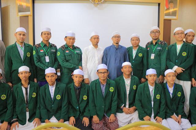 Seminar Jurusan Ahwalul Syakhsiyah Bahas Kebangkitan Syariat Islam | LPM Dalwa | Dalwa