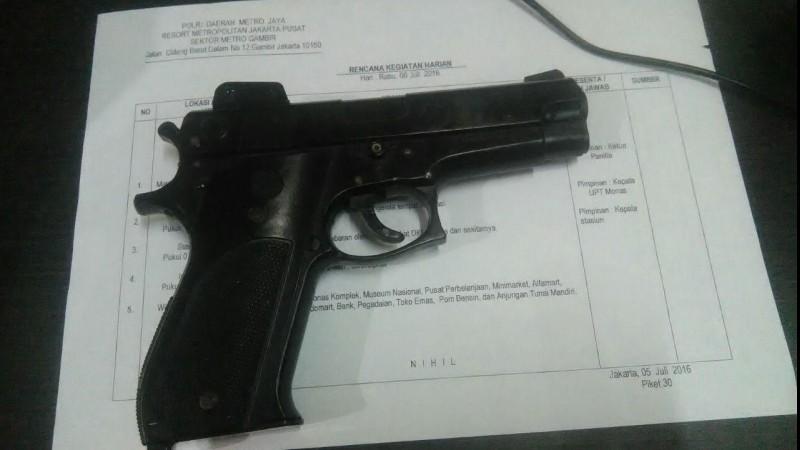 Pistol yang digunakan AS