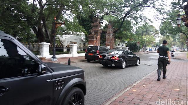 efff82bd 5e78 40b7 837a d0bcf53bb613 - Panglima TNI dan Menko Polhukam Dipanggil Jokowi ke Istana