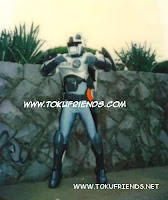 http://1.bp.blogspot.com/-xMkS5INxwgU/VneB8lGVaBI/AAAAAAAAFKc/dohVxFJRGH0/s1600/cybercops_backstages_11.jpg
