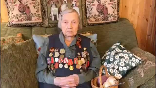 98-летняя ветеран из Петербурга открыла сбор денег для врачей с COVID