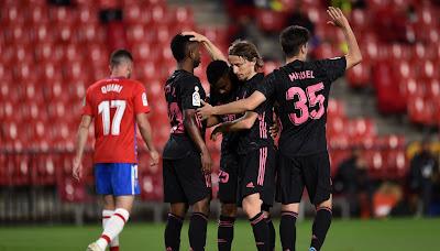 ملخص واهداف مباراة ريال مدريد وغرناطة (4-1) الدوري الاسباني
