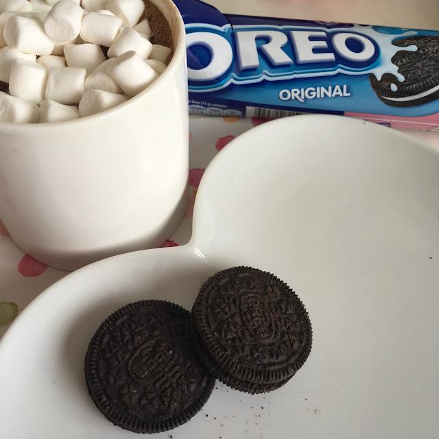 oreos and hot chocolate
