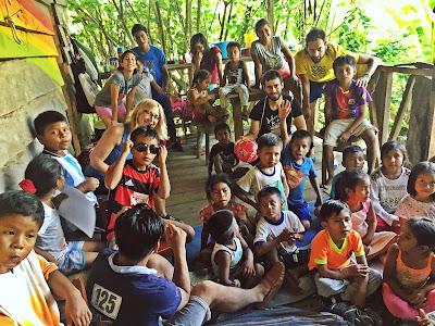 Daniel en su viaje solidario a Iquitos, en Perú