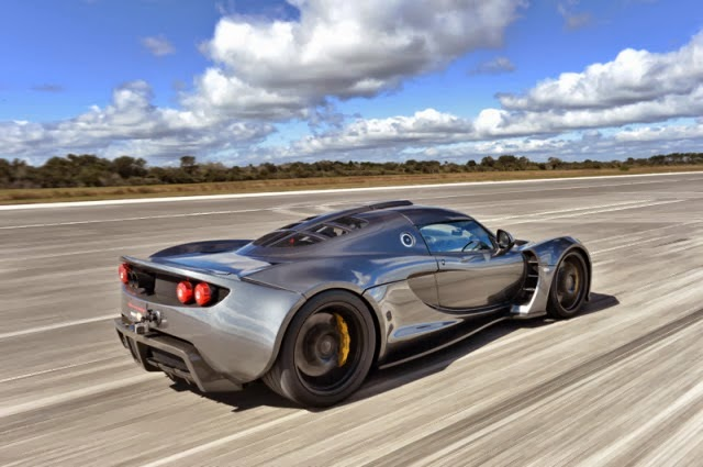 51438f474b If you love vehicles and are a fan of technology, we have breaking news for  you. On February 14, Hennessey Venom GT has beaten Bugatti Veyron top speed  ...