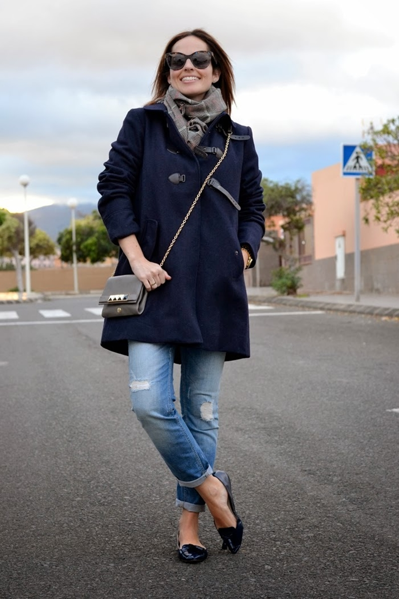outfit-navy-coat-street-style