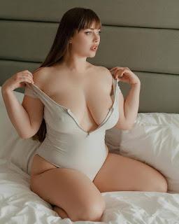 want russian escorts in Delhi or foreigner russian escort service