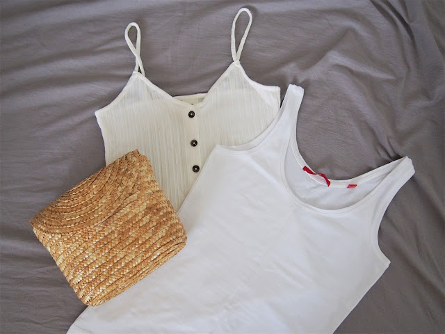 biele tielko h&m slamena kabelka biele tielko s.oliver
