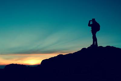 10 Manfaat Mendaki Gunung Yang Perlu Kamu Ketahui !!