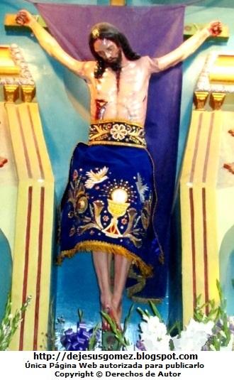 Foto de Jesús crucificado en la iglesia de Santa Cruz de Andamarca. Foto de Jesús de Jesús Gómez