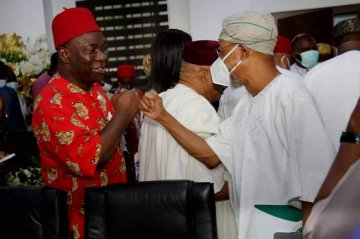 Ike Ekweremadu Reveals What South-east Leaders Discussed With Service Chiefs, FG In Enugu