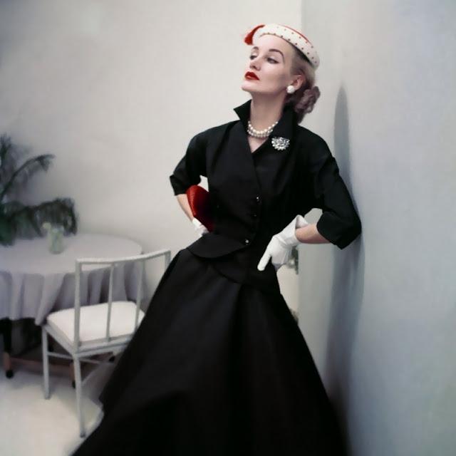 1952. Sunny Harnett by Frances McLaughlin-Gill