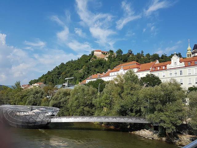 Graz Avusturya Mur Gölü Murinsel manzara