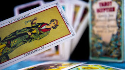 How to Phrase Your Question in a Tarot Reading