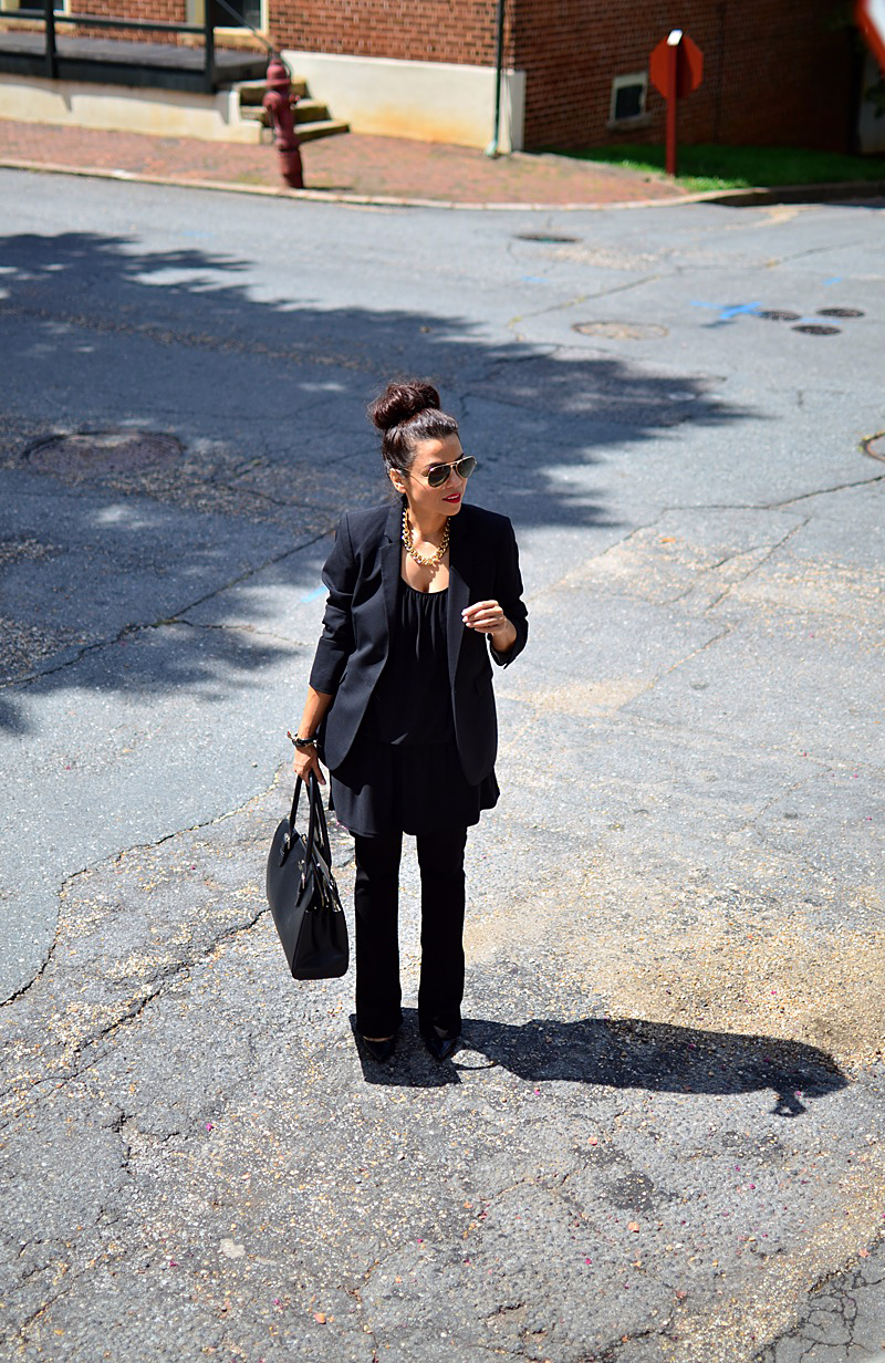 Total black outfit street style