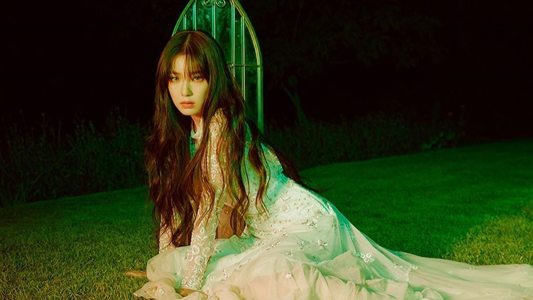 Korean Netizens Reaction after Red Velvet's Irene Apologized for Her Controversy