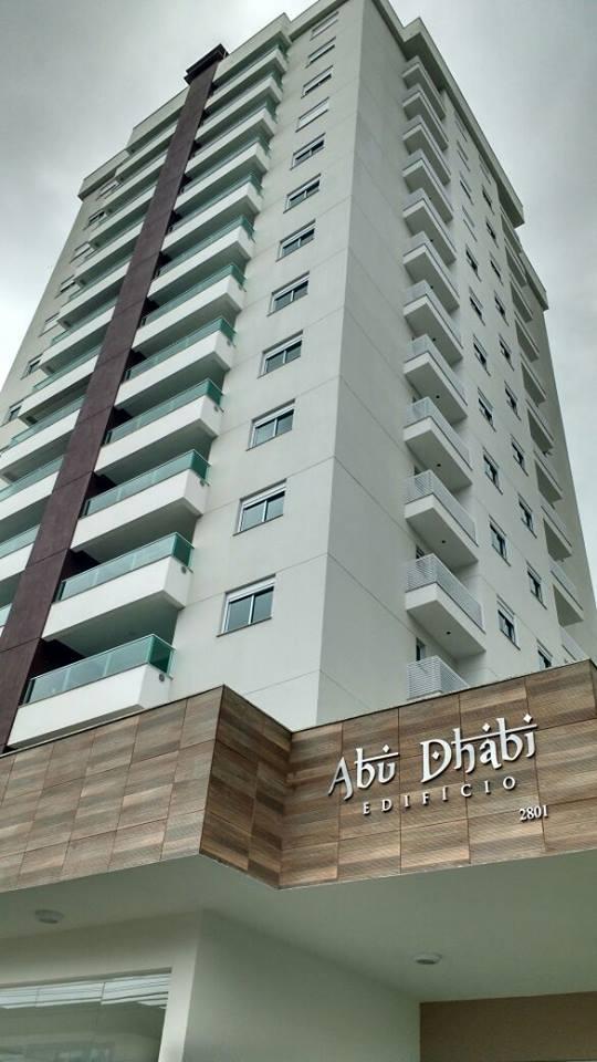 a speranzini engenharia entregou no dia o edifcio abu dhabi localizado na rua joo pessoa no bairro da velha