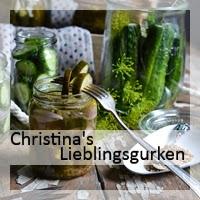 http://christinamachtwas.blogspot.de/2015/08/eingelegte-gurken-20.html
