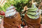 Ice cream lovers in New York Medium Joy of Watching Ice Cream with Cone Taiyaki