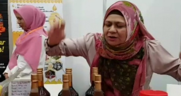 """""""Masa Muda Mengangkang Sana-sini…Bila Tua Takde Punca Pendapatan Mula Jual..Sambal Bodoh"""" – Wanita Hina Kak Ogy Ahamd Daud"""