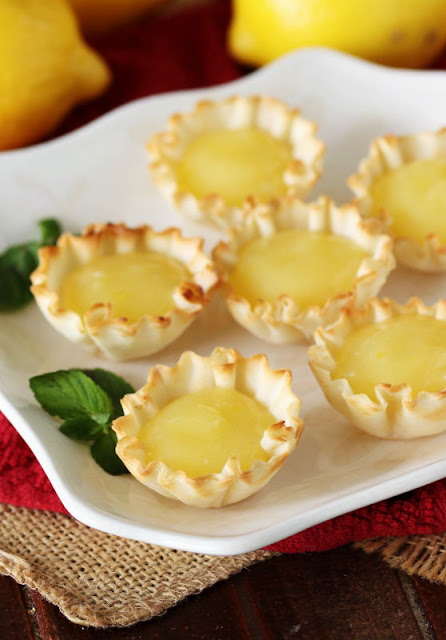 How to Make Lemon Curd Tartlets Image