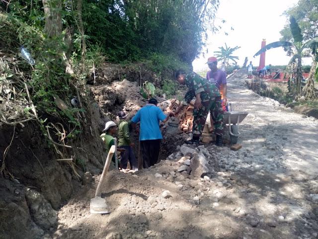 Saluran Irigasi Desa Duwet Mulai Di Bangun Warga