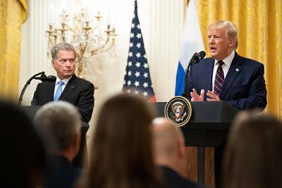 La Casa Blanca Dice que No Cooperará con la Acusación