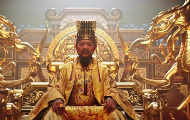 Jet Li sebagai Kaisar China