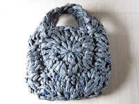 https://crochetistheway.blogspot.com/2016/11/the-ugly-granny-bag.html