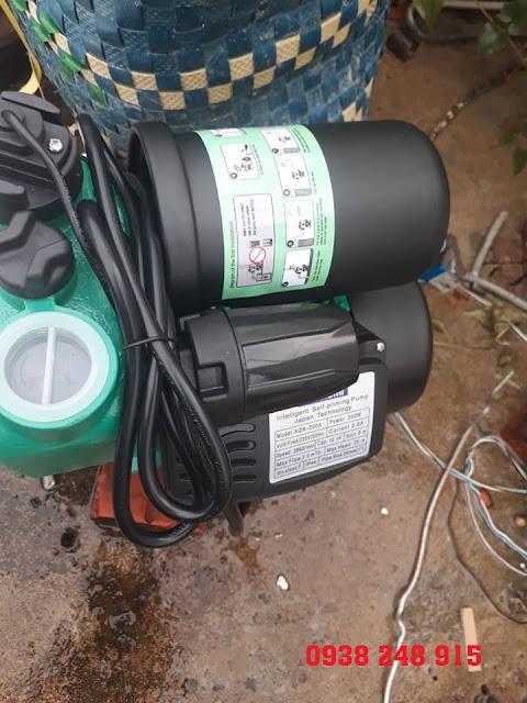 Máy bơm tăng áp Techrumi AQN-200A 200W