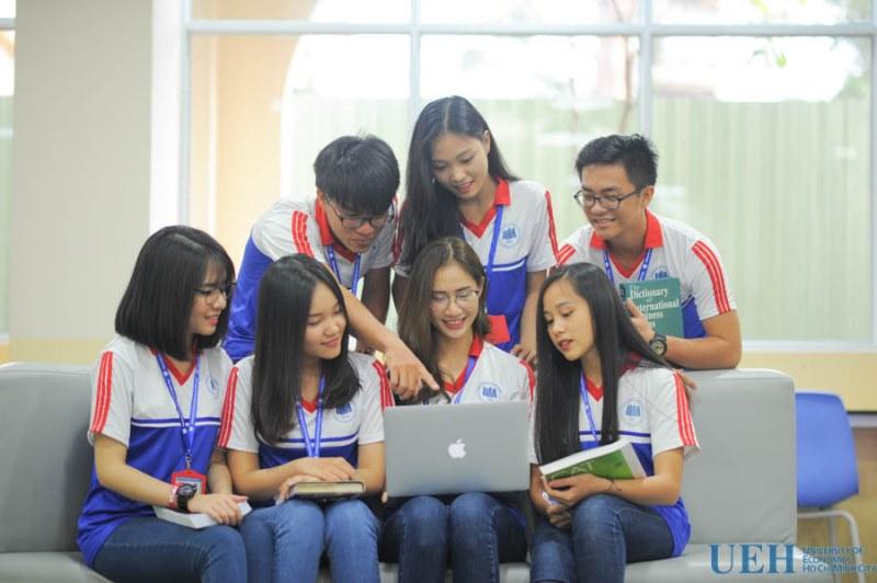 Sinh viên trường HEH - Hình 2