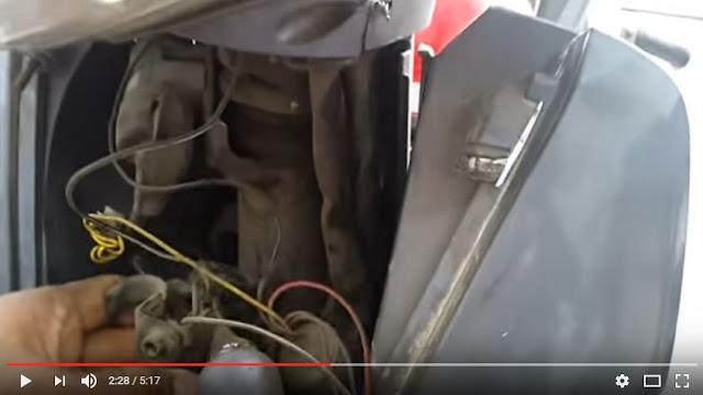 Hướng dẫn cách nổ xe máy khi bị mất chìa khóa
