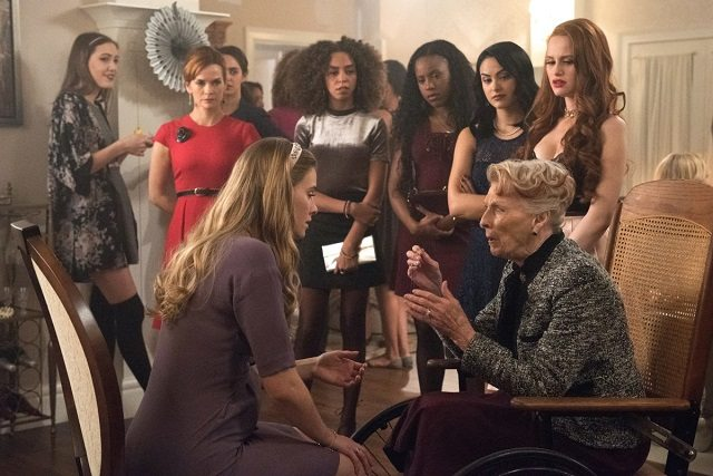 The Worst Parents in Town-A Riverdale Recap | Recapping Shows
