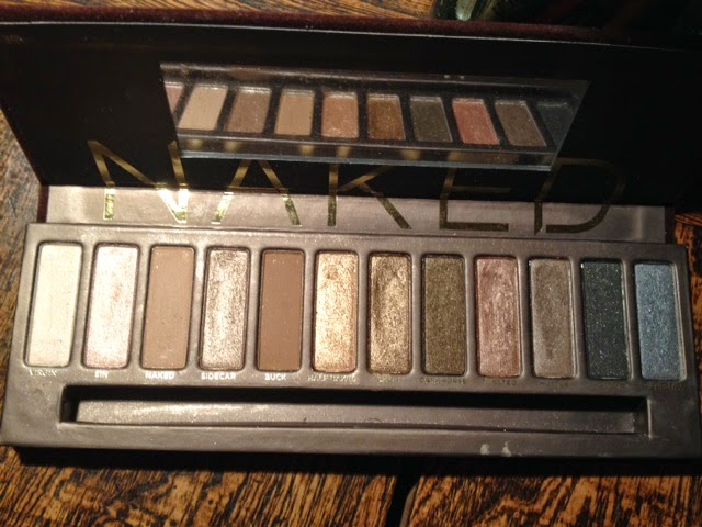 bonkers about perfume urban decay naked palette so not a. Black Bedroom Furniture Sets. Home Design Ideas