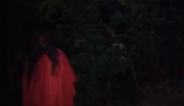 gambar kuntilanak merah