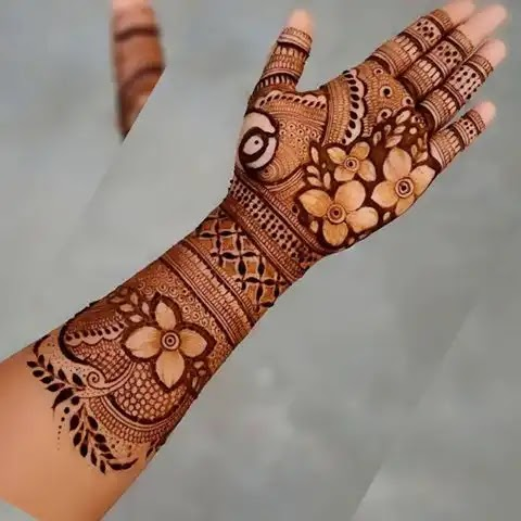 Full_hand_flowers_with_leaves_for_karwa_chauth_pattern