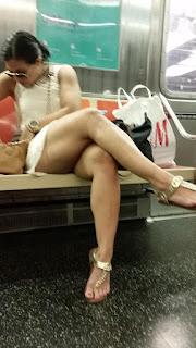 mujeres piernas bellas