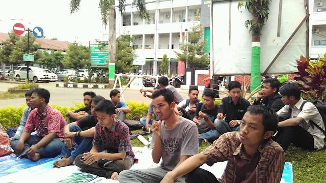 Peserta mimbar bebas kampus UNISNU Jepara, orasi mahasiswa