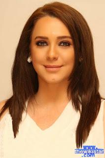 قصة حياة سلاف فواخرجي (Sulaf Fawakherji)، ممثلة سورية، هي من مواليد 1974